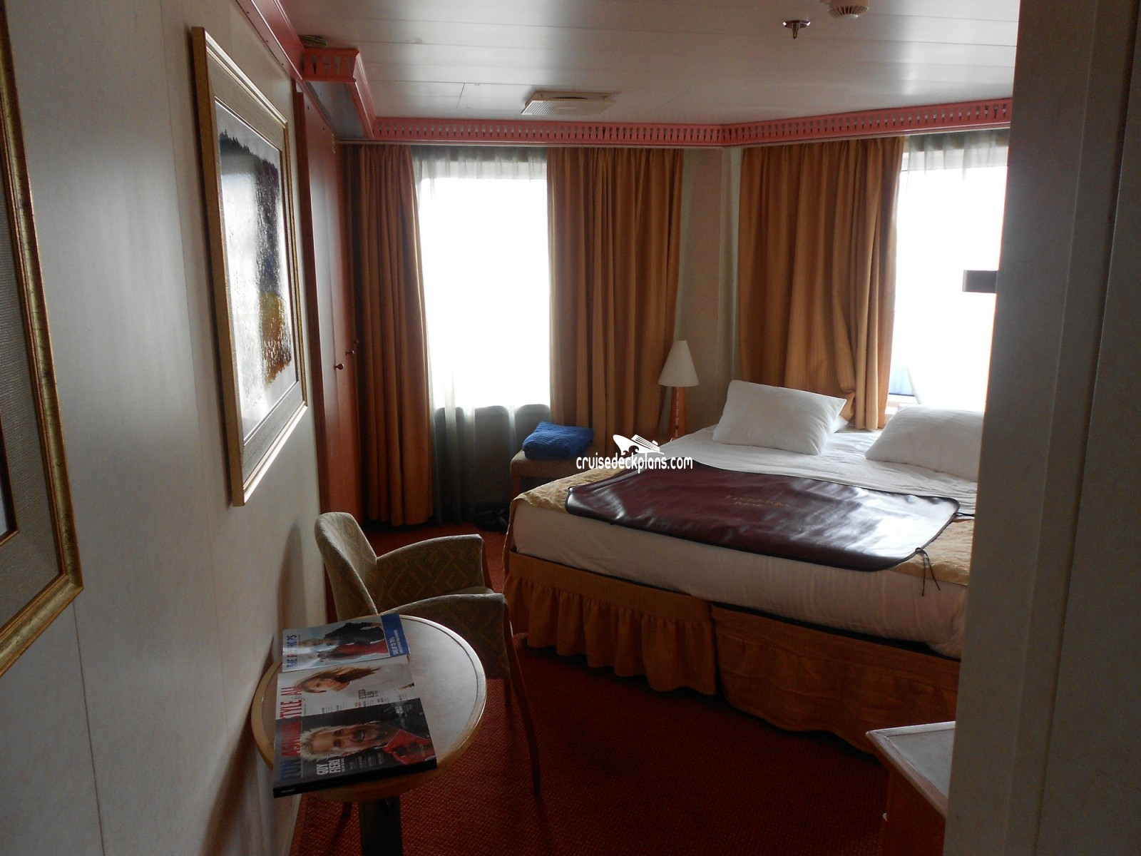 Dustin mccoy carnival conquest cabin photos for Room wraps