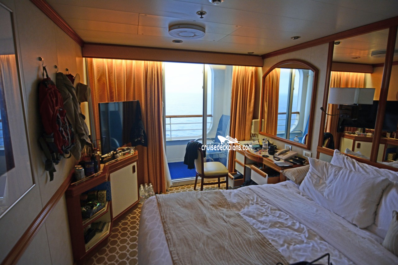 Click to zoom Balcony Cabin Picture