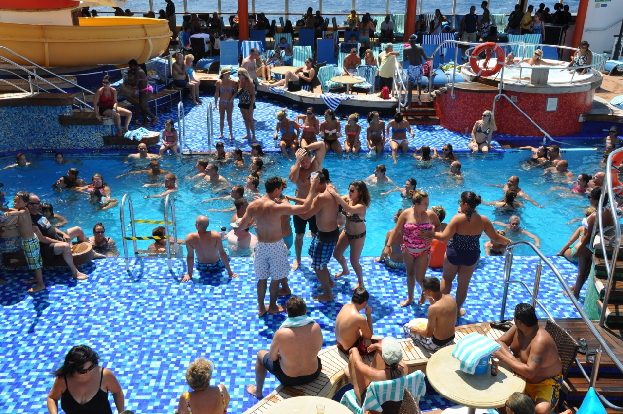 The pitfalls of modern day cruising for River cruise ships with swimming pool