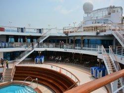 Pool, Spa, Fitness on Golden Princess Cruise Ship - Cruise ... |Pool Terrace Grand Princess